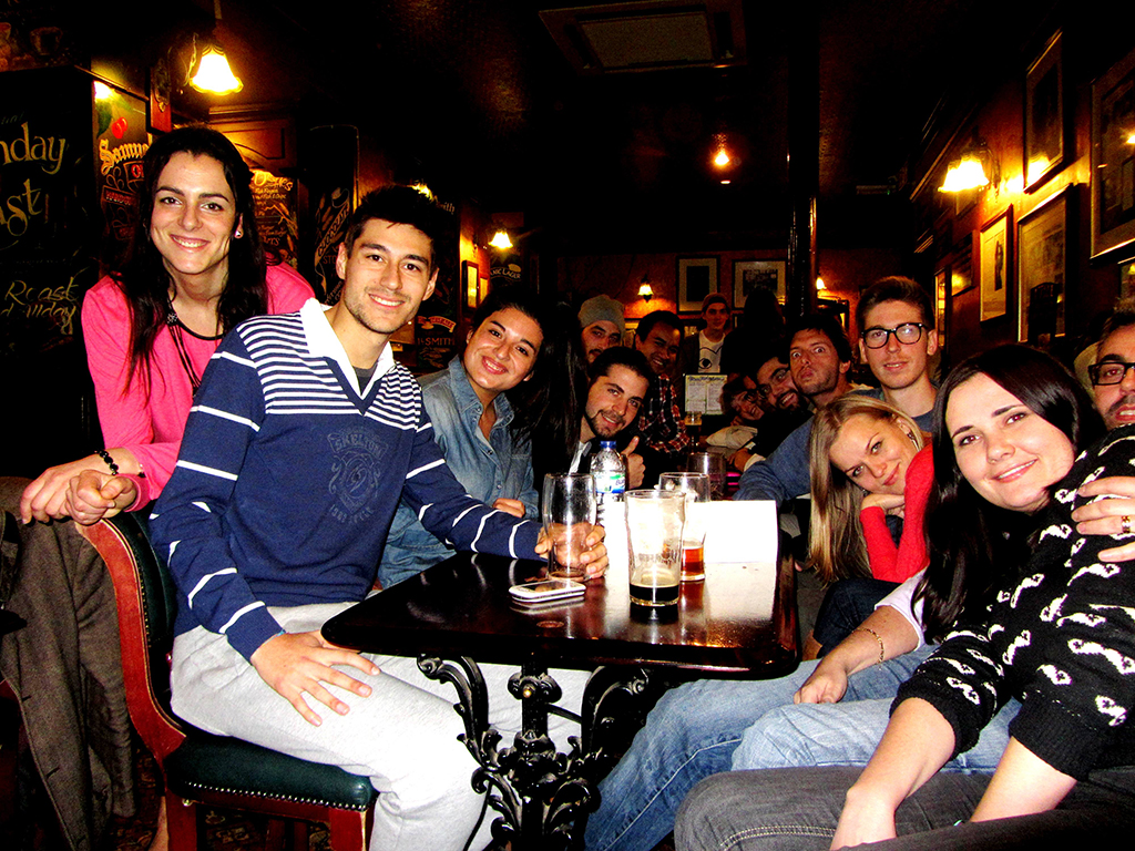 students_irish_pub